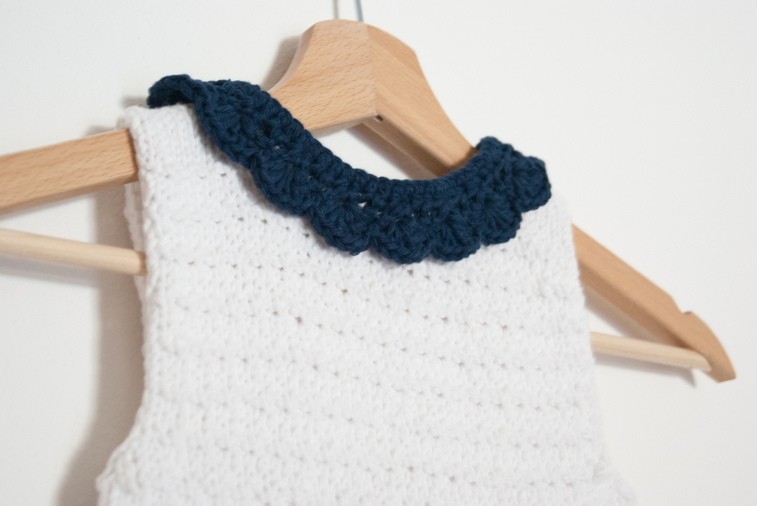 Knitted dress front detail collar.jpg