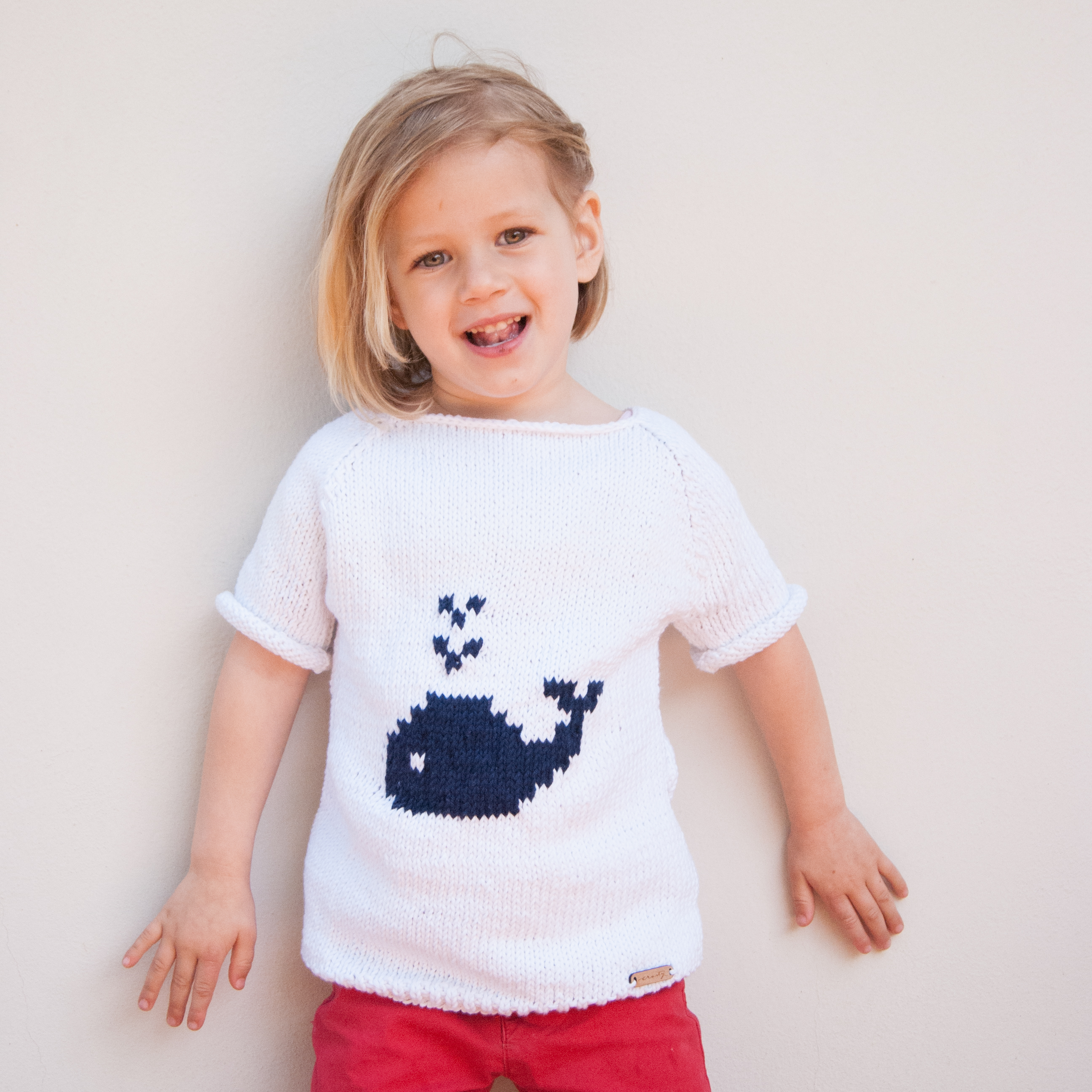 Knitted sweater Fico kids whales front1.jpg