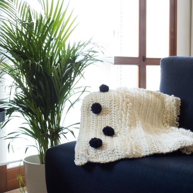 baby blanket mod. Andrea divano.jpg